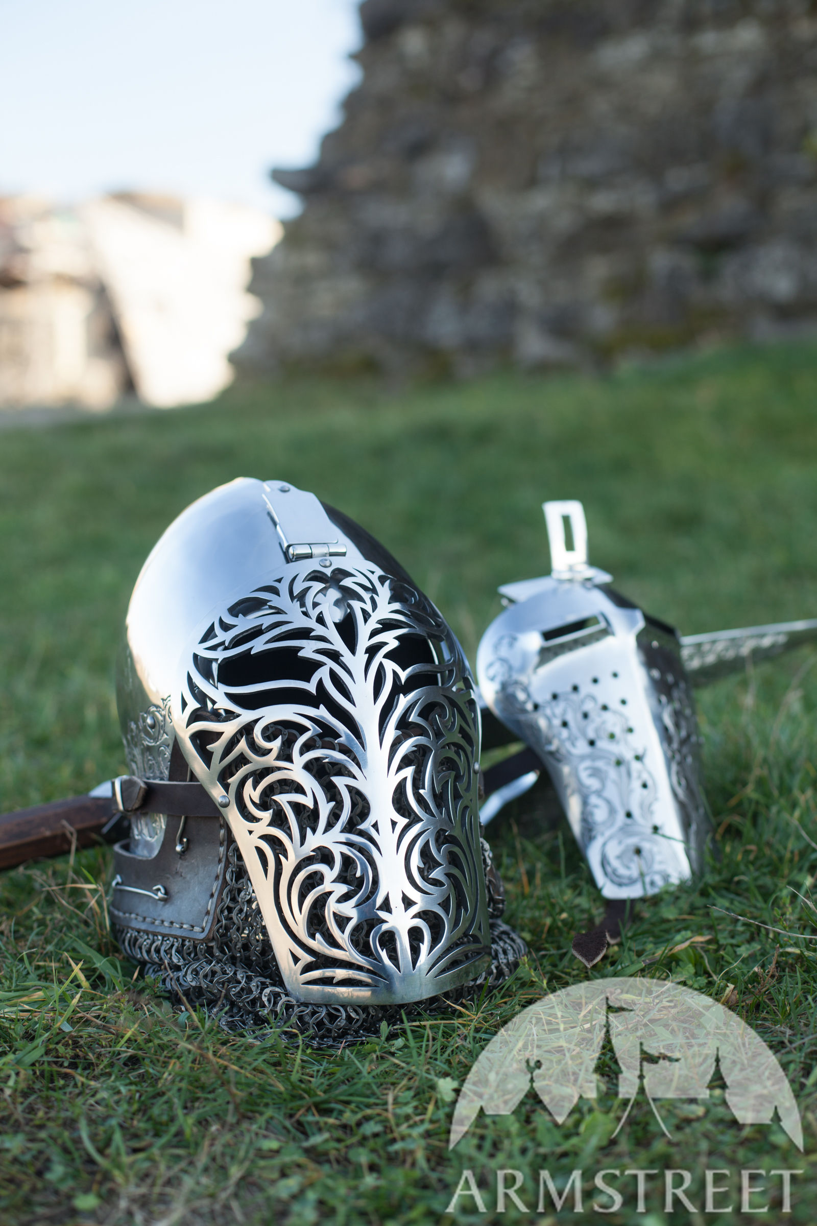 "Bascinet Helmet ""Knight of Fortune"" with Laser Cut Visor"