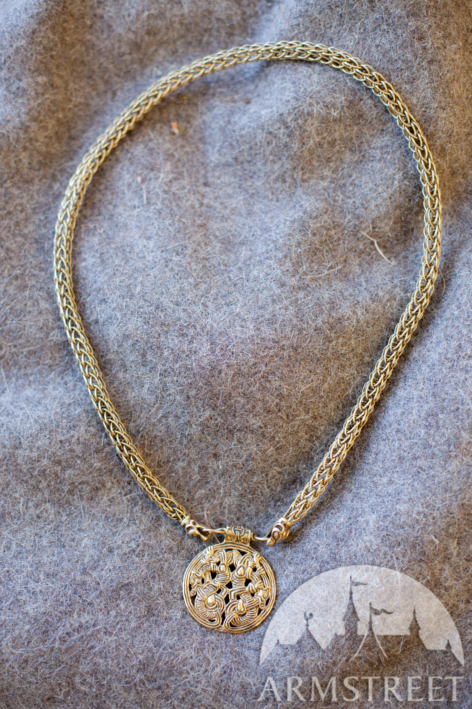 necklace neck paisley gold ragaa