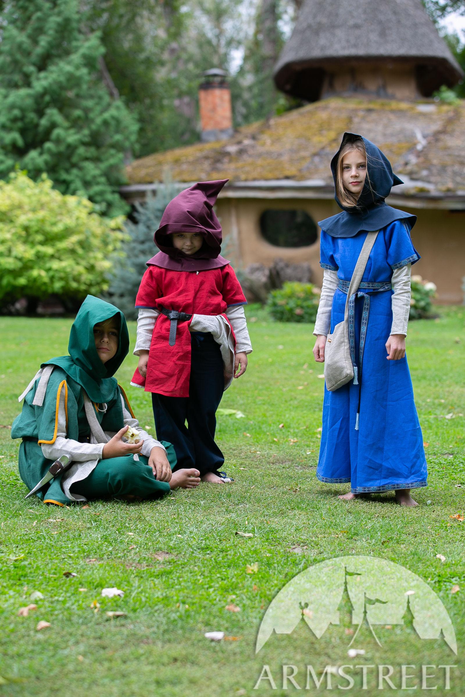 https://armstreet.com/catalogue/full/cotton-hood-for-kids-first-adventure-childrens-chaperon.jpg