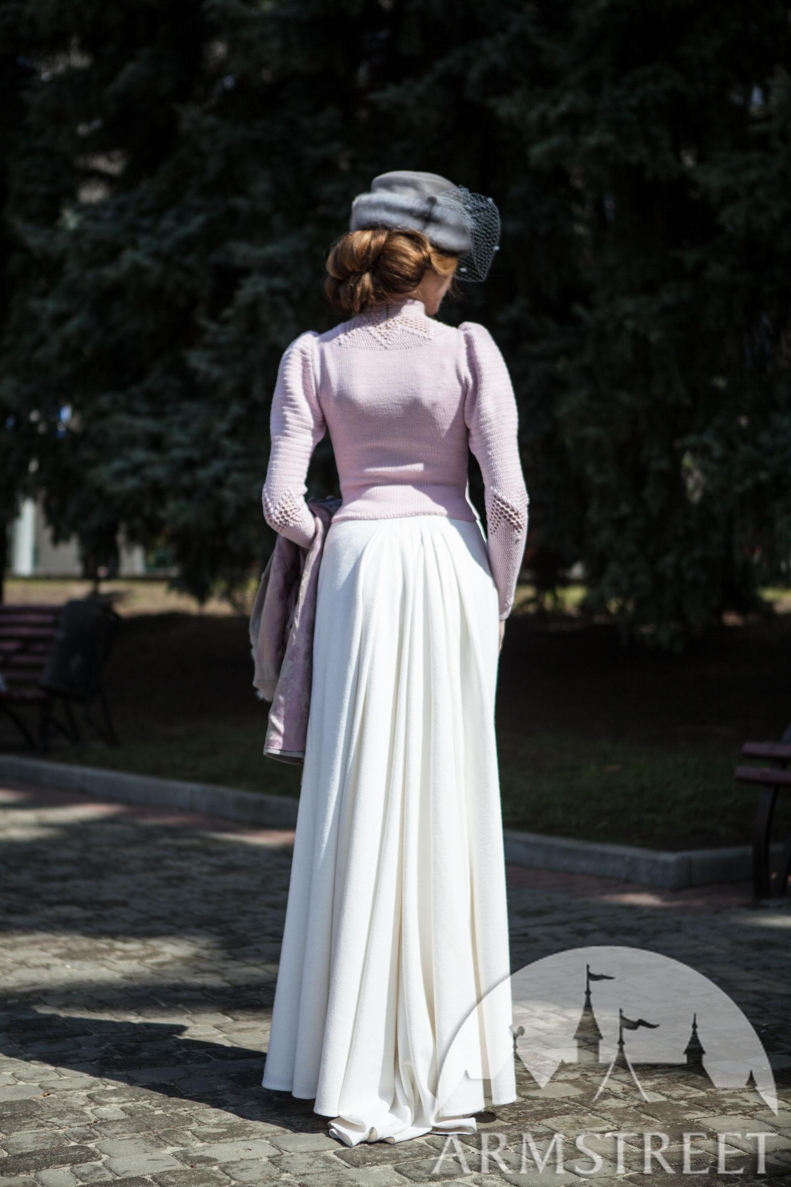 Edwardian Skirt Fleur De Lis For Sale Available In