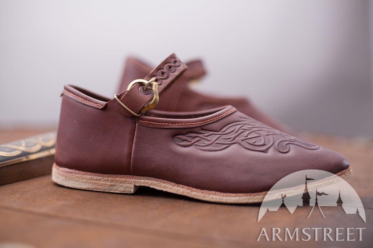 Womens medieval period shoes Available in brown leather