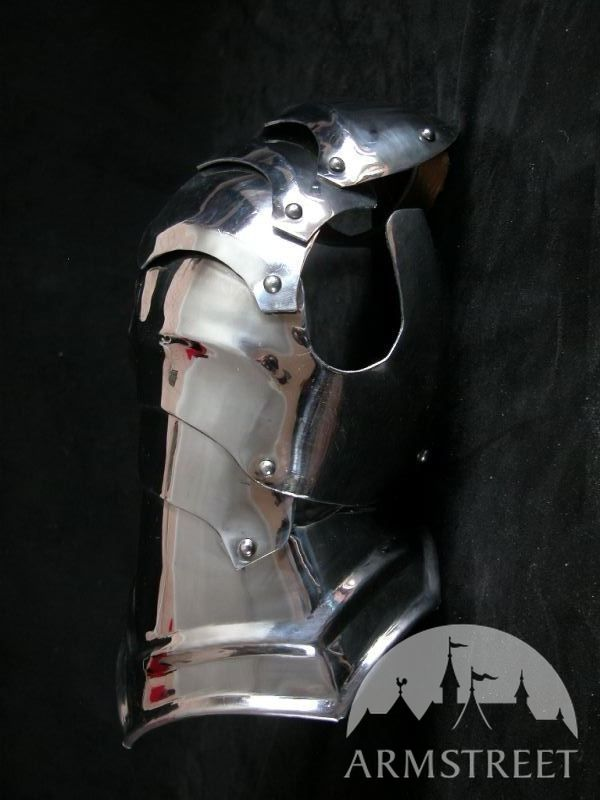 exclusive combat gauntlets for sale by medieval store