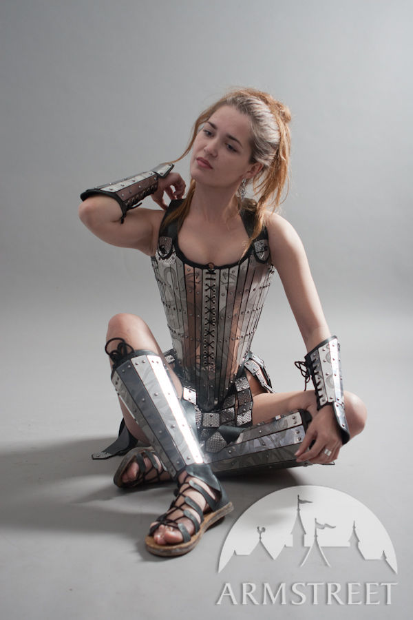 Fantasy corset, greaves and bracers
