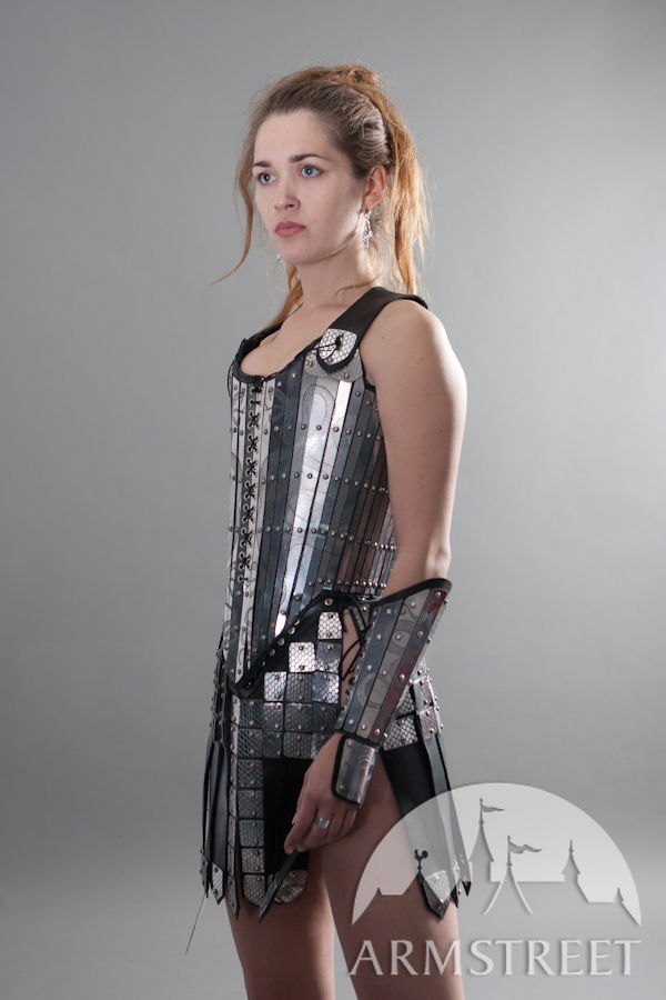 Fantasy armor lady-warrior corset