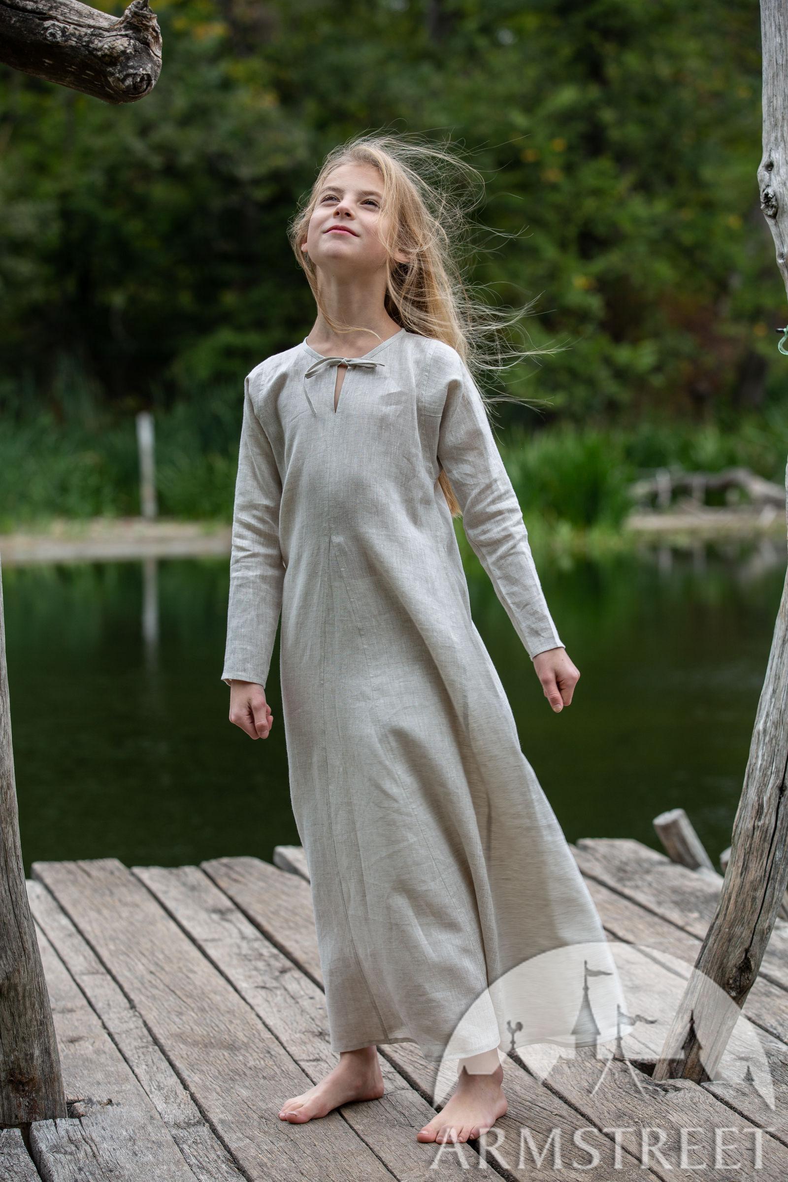 https://armstreet.com/catalogue/full/long-linen-underdress-chemise-for-kids-first-adventure.jpg