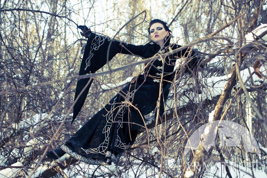 Blackbird fantasy medieval style coat by ArmStreet