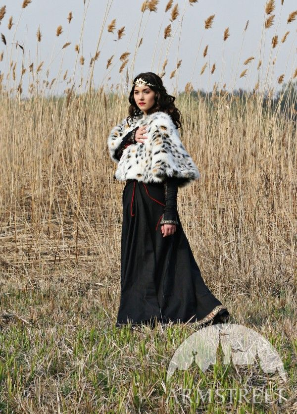Medieval Dress With Bodice And Pelerine Quot Lady Hunter Quot For