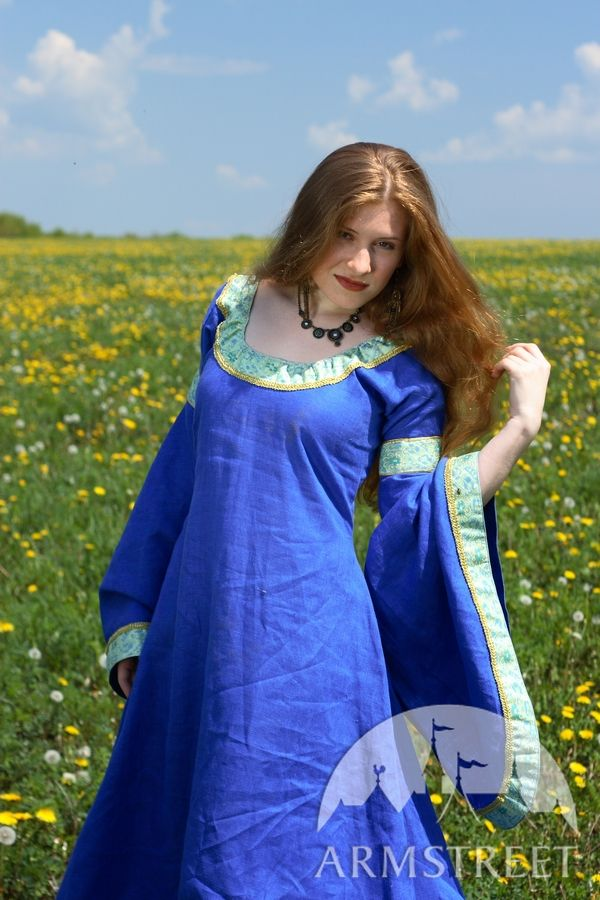 This Amazing Medieval Dress Is Made Of High Quality