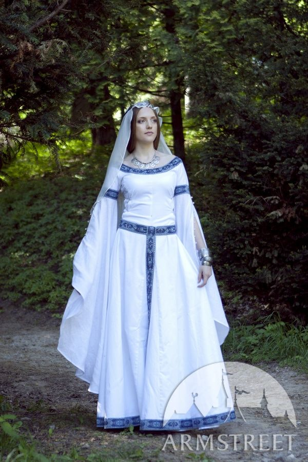 Renaissance Wedding Attire on Medieval Fantasy Wedding Dress White Swan