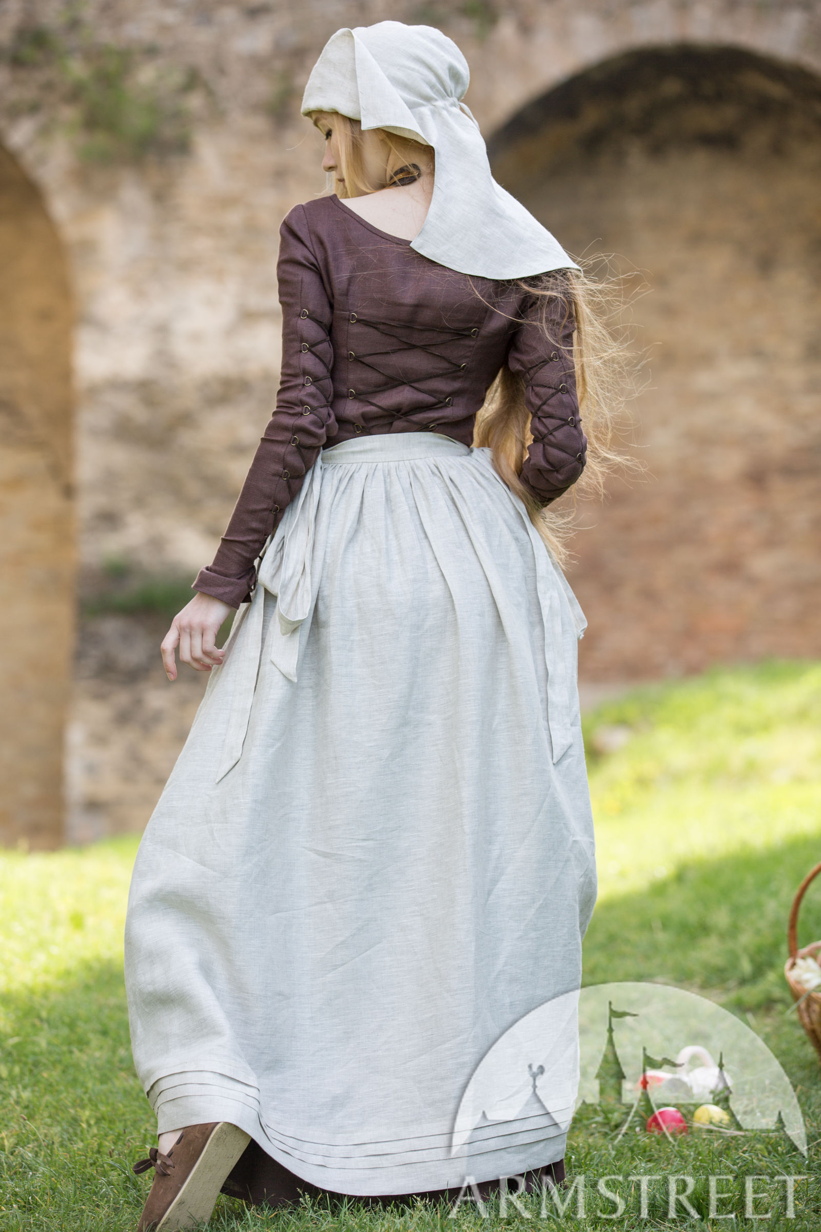 Medieval Linen Apron Red Elise For Sale Available In