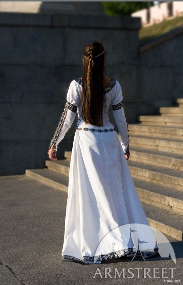 Renaissance white dress