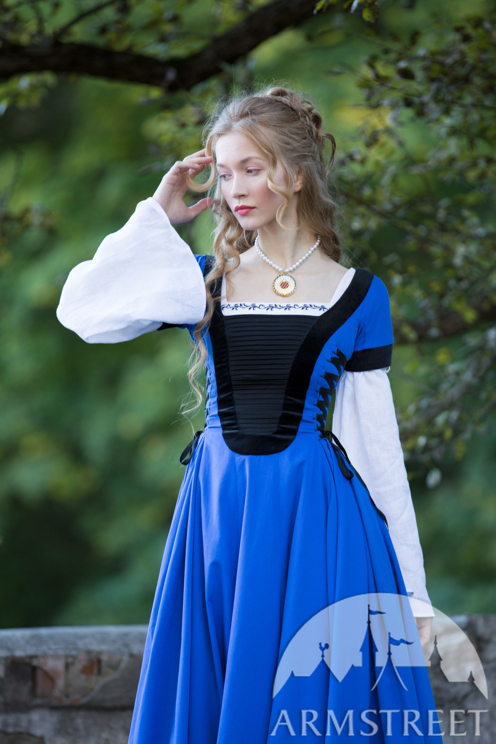 Fitted Dress With Velvet Renaissance Memories For Sale