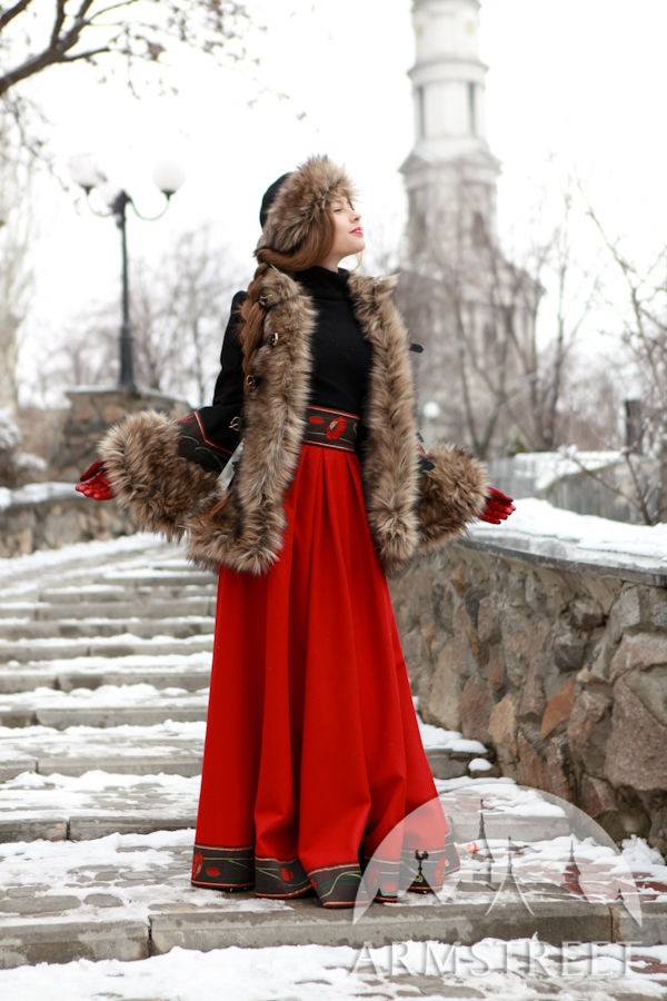 wool coat bordered with fake fur refers to the russian