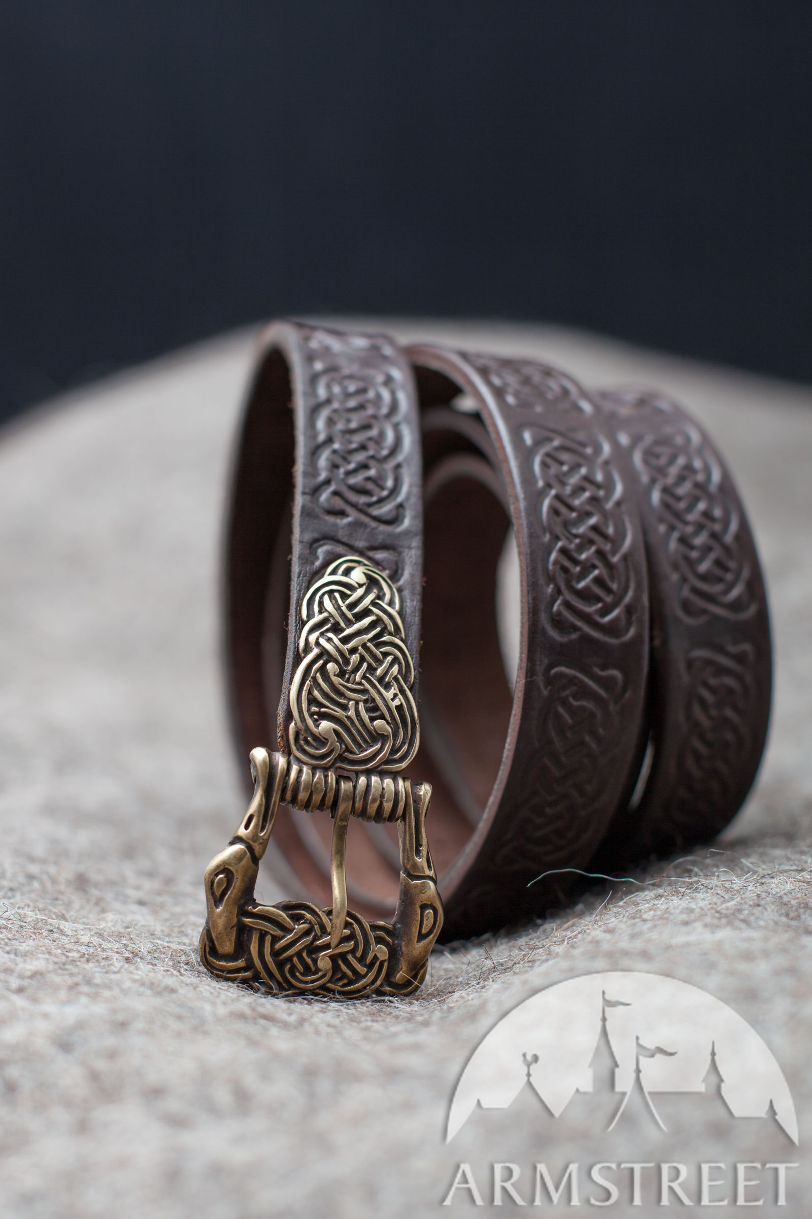 Viking leather belt Ingrid Available in brown leather