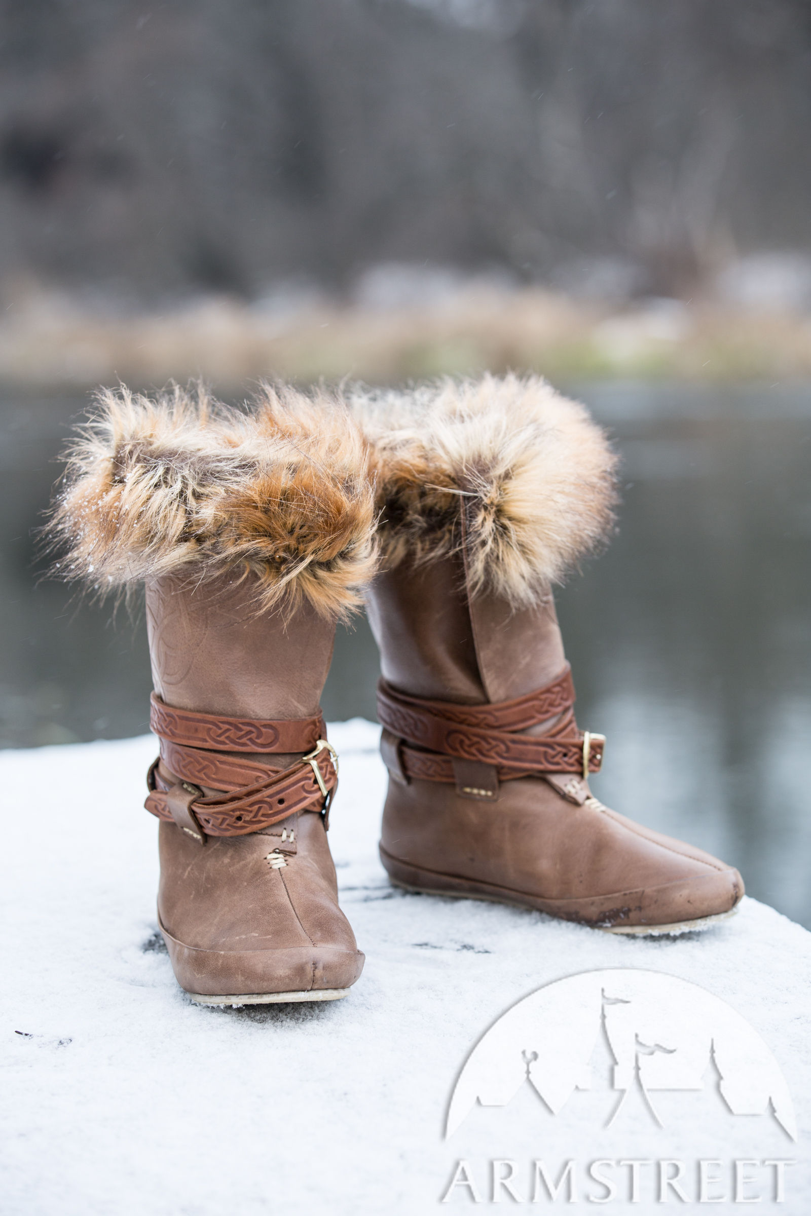 Viking Style Boots With Embossing And Faux Fur Knut The