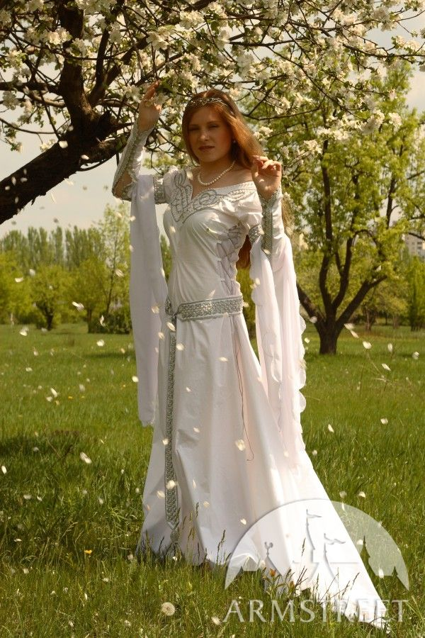 Exclusive white medieval wedding dress with handmade for Celtic pagan wedding dresses