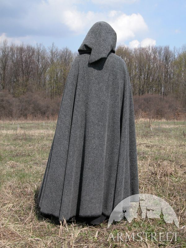 Great soft and warm medieval cloak made of 100% natural ...