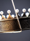 Exclusive brass crown with pearls