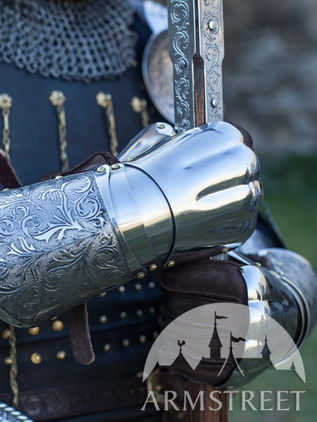 "Demi Gauntlets ""Knight of Fortune"""