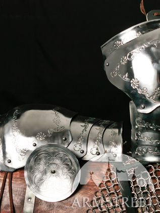 Medieval Pauldrons Spaulders Armor SCA with Etching