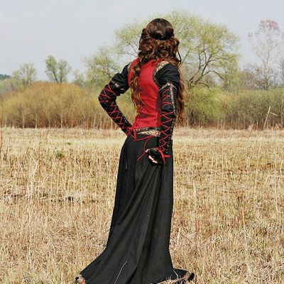 Lady Hunter Flax Linen Medieval West Bodice For Sale