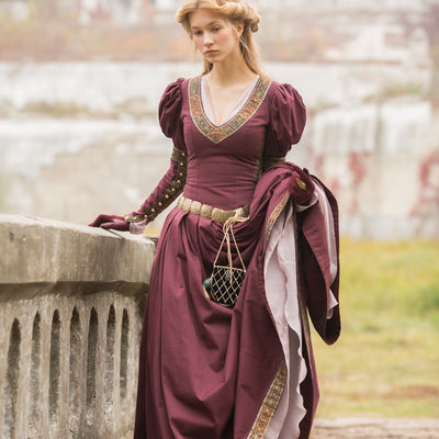 Medieval dresses | Buy medieval dress in ArmStreet shop