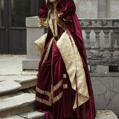 Renaissance Nobility Cloak. Available in: green flax linen ...