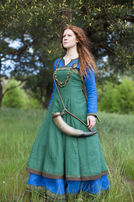 "Viking Linen Apron ""Ingrid the Hearthkeeper"""