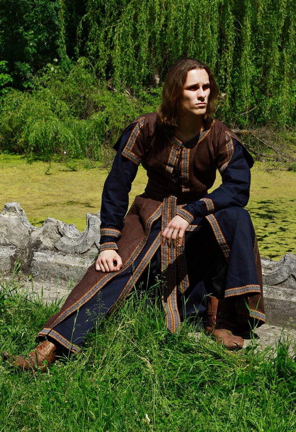 MEDIEVAL LONG TUNIC OVERCOAT SET