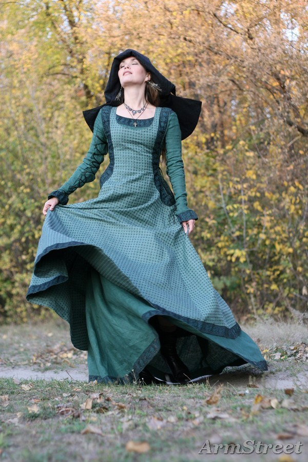 Medieval renaissance dress, overcoat and chaperone headpiece set 'Autumn Princess'