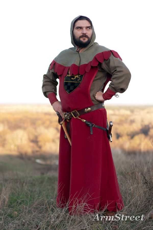 New ArmStreet's medieval tunic, overcoat and hood costume The Return of the Paladin
