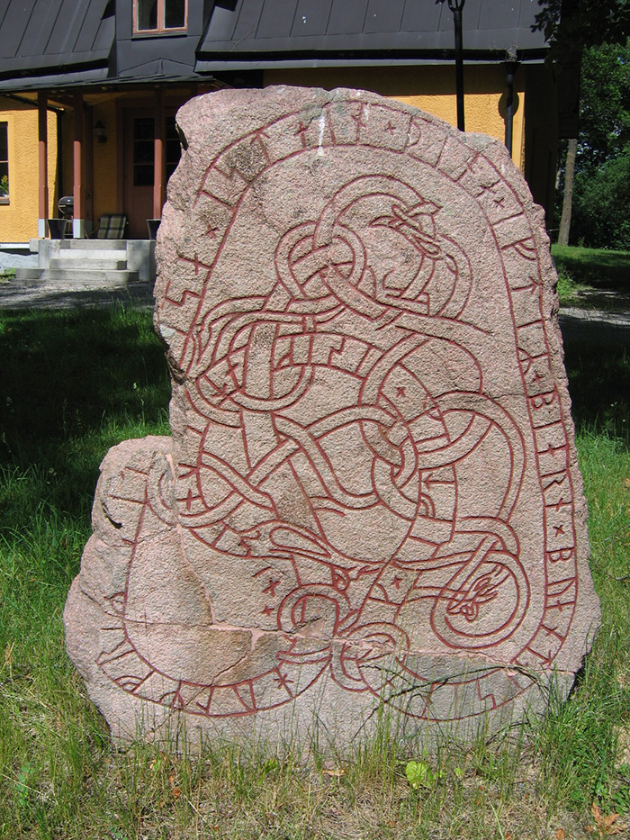 Viking runestone with Urnes style ornament, photo by Berig