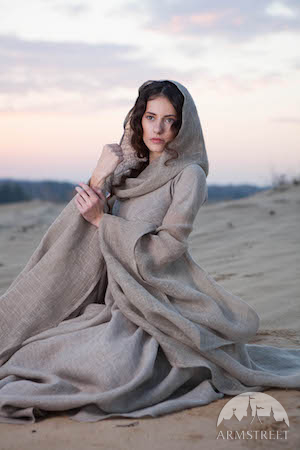 Early linen medieval clothing