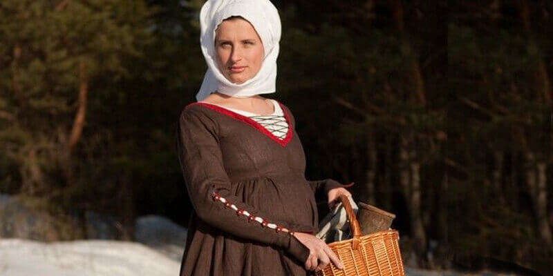 German Kirtle Renaissance Style Medieval Dress Costume