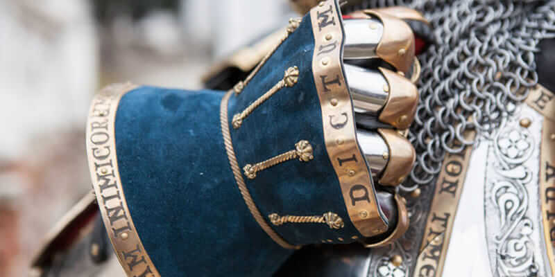 Hourglasses Finger Gauntlets exclusive versions
