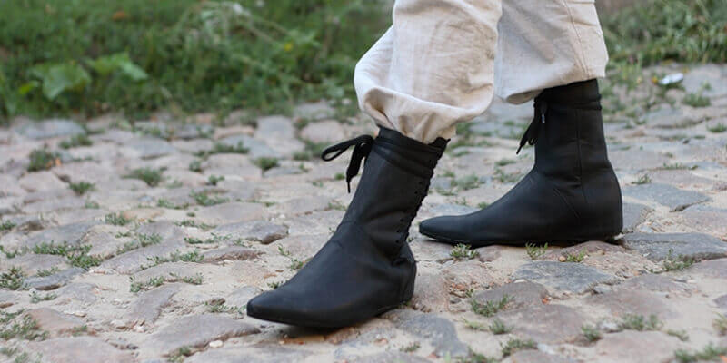 New Medieval Fantasy High Field Shoes
