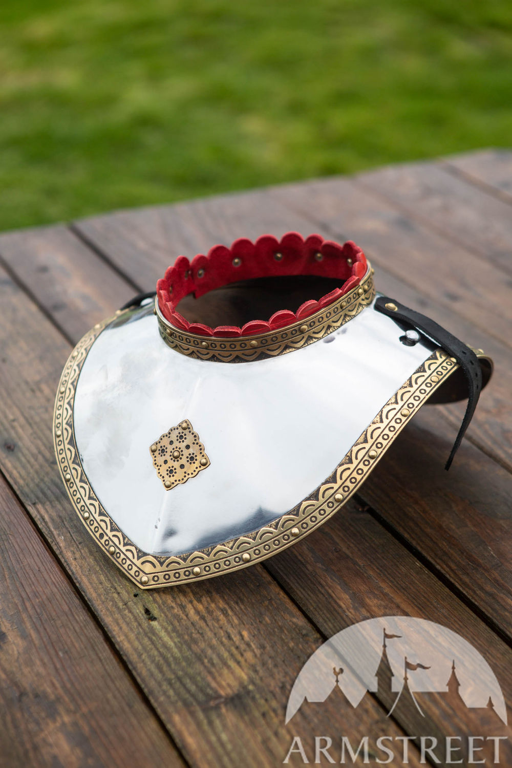 Polish Hussar gorget with brass accents