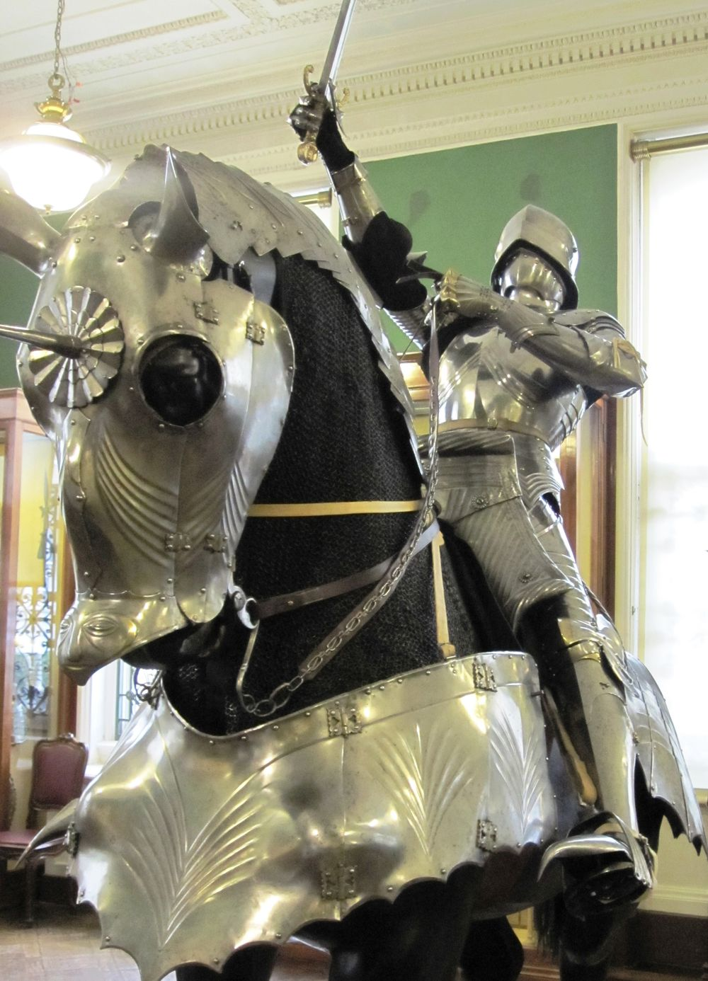 German Gothic armor for horse, XV c., Wallace Collection, London