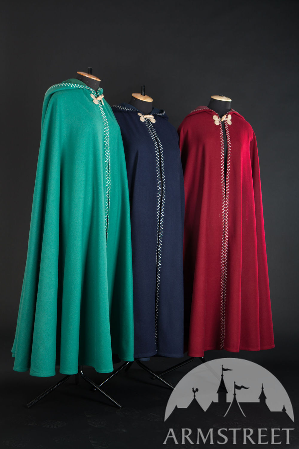"Coloured Woolen Cloak ""Labyrinth"""