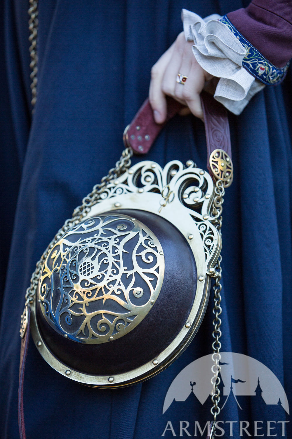 """Renaissance Memories"" Spherical leather bag"
