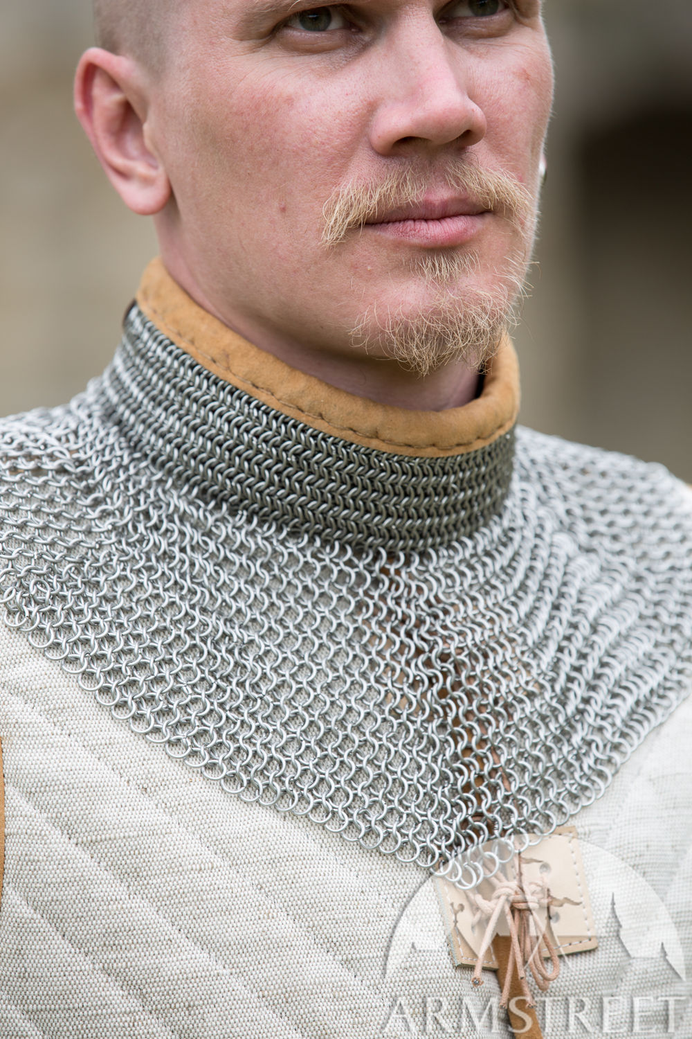 Stainless steel chainmail gorget