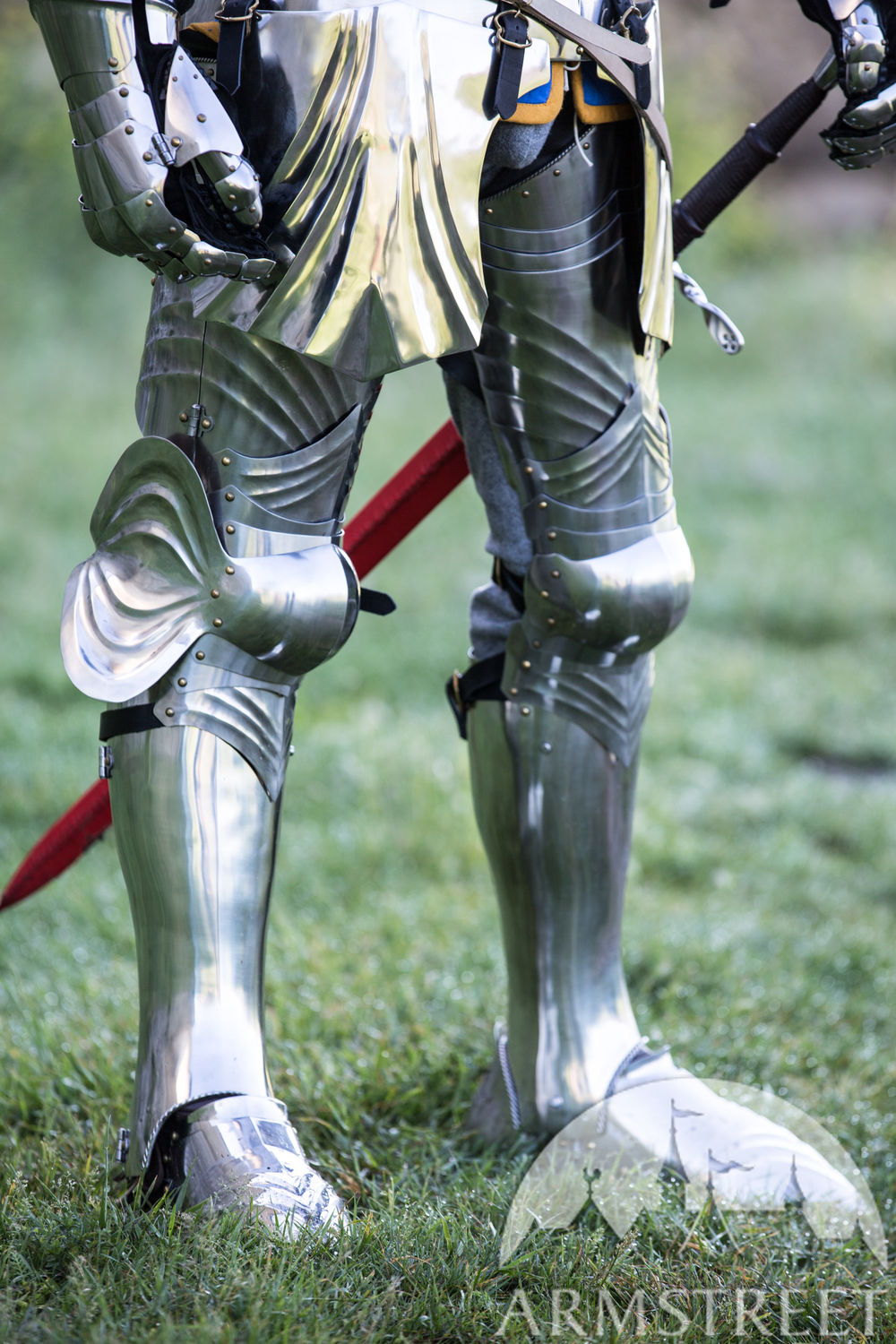 XV century Gothic articulated cuisses with greaves