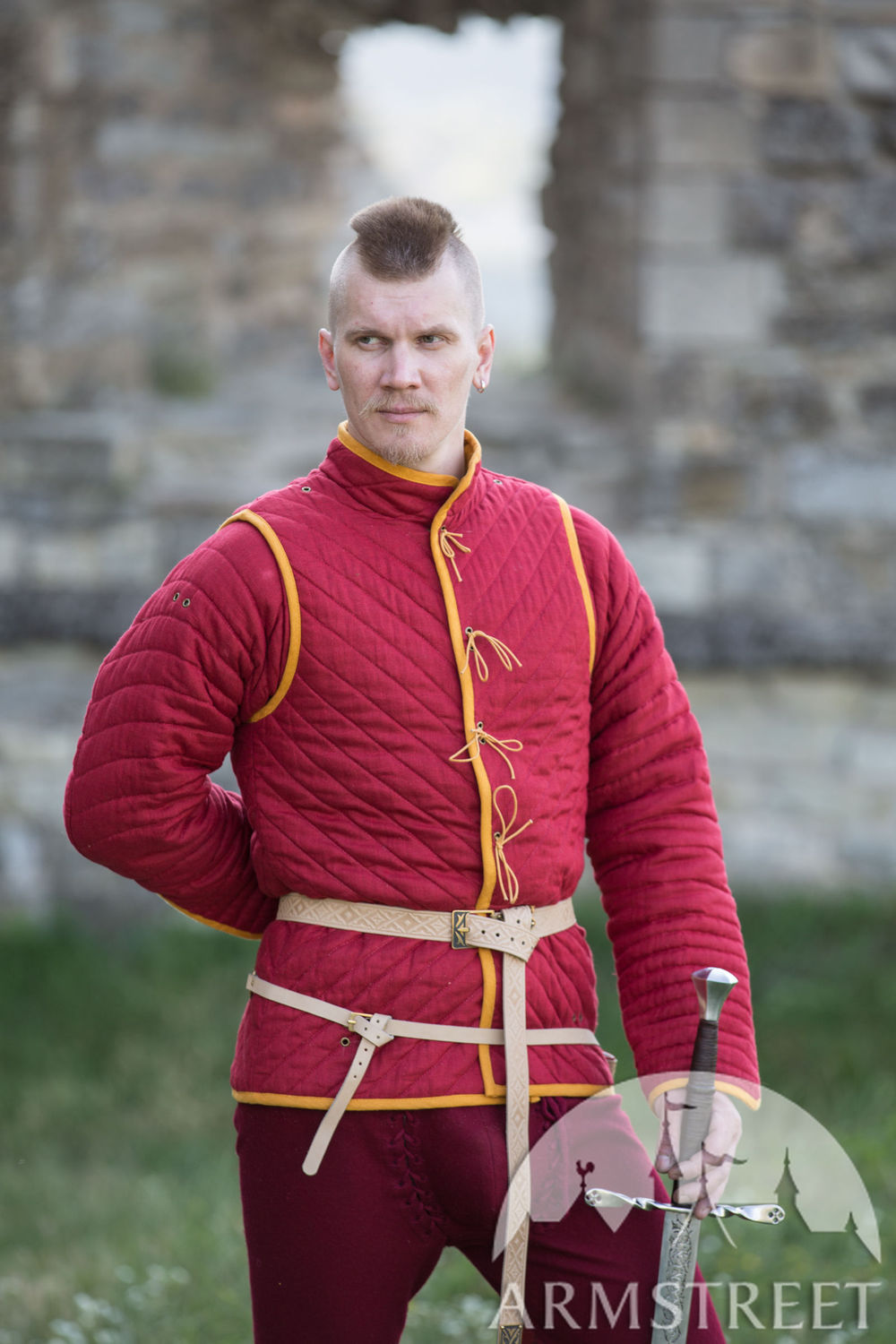 "Linen Gambeson ""The Kingmaker"""
