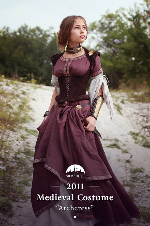 "medieval dress ""Archeress"""