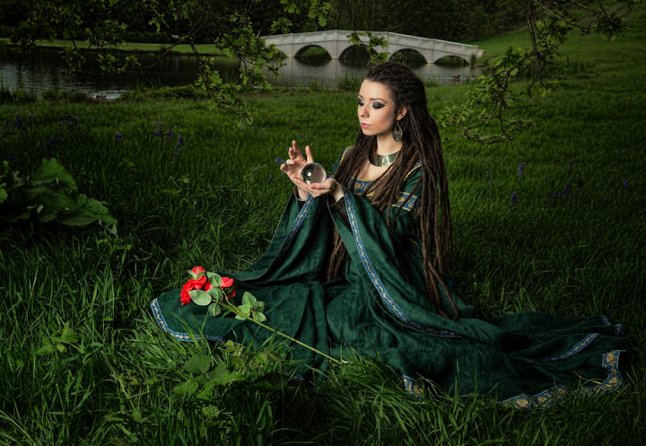 "Green Medieval Dress ""Lady of the Lake"""