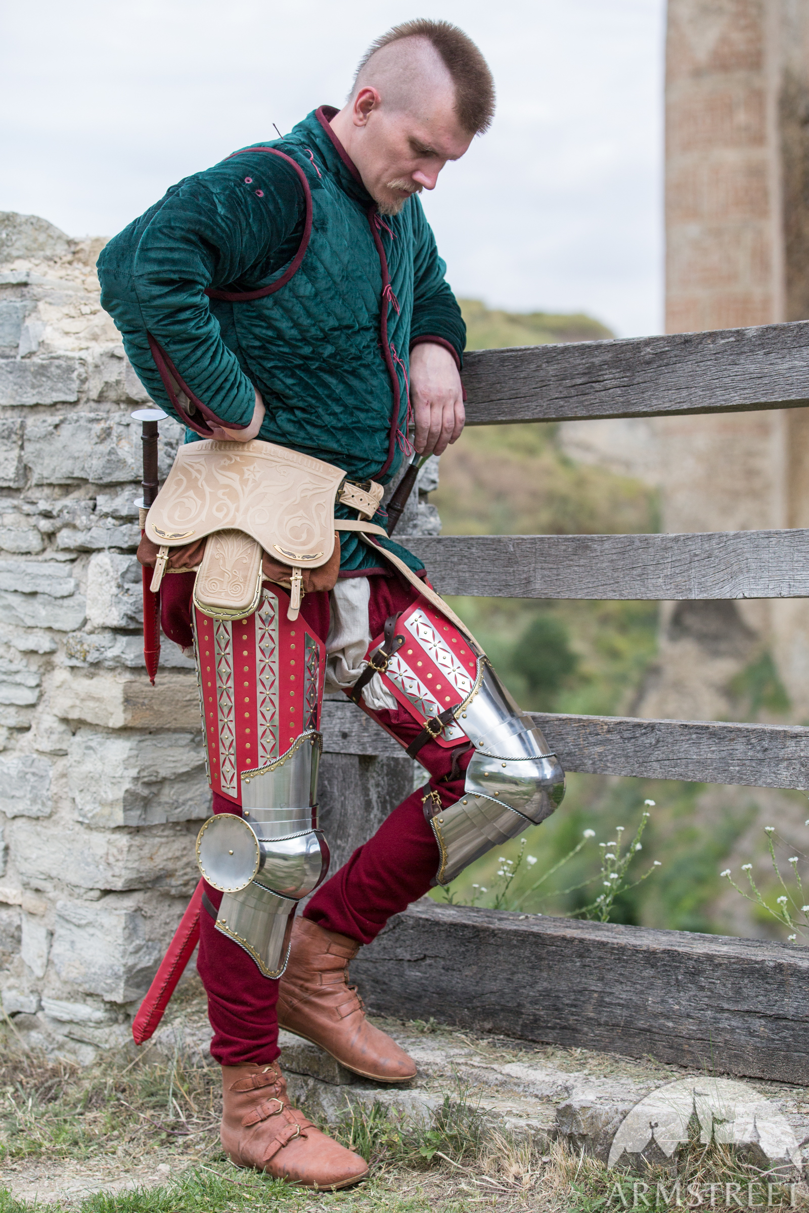 kingmaker bag and leg harness